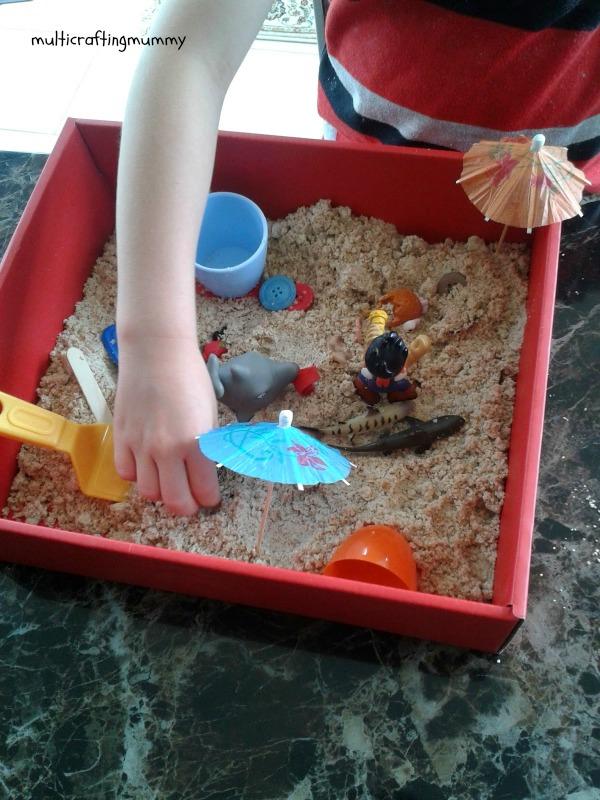 Moon sand mini beaches for kids for Build your own beach house